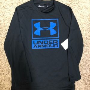 Under Armour black athletic logo top, Size 7